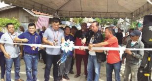 Siao turns over projects in Iligan city