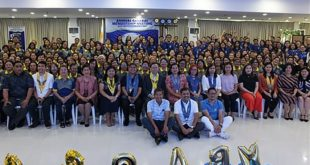 Insurance chief joins fete of Card MBA in its 20th Anniv